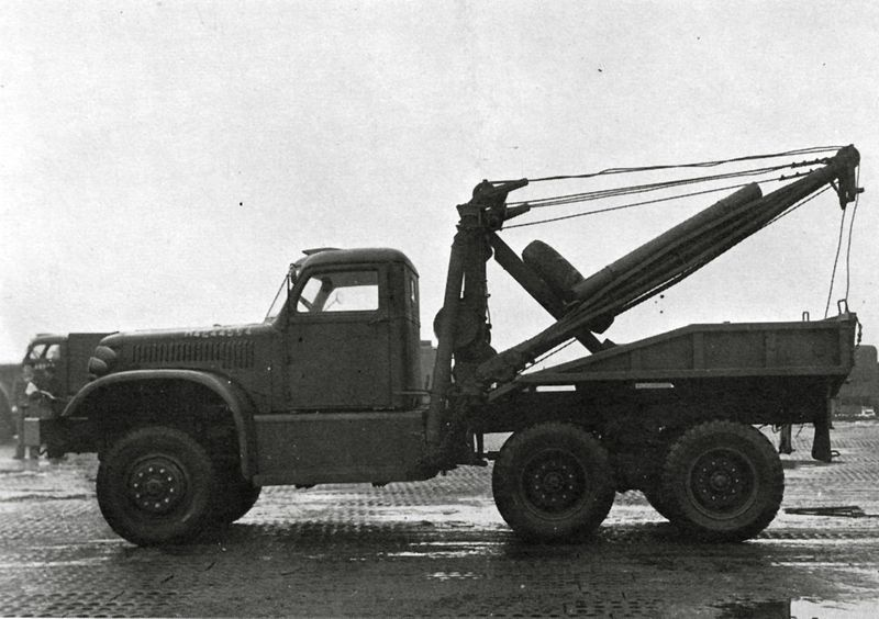 1941 Diamond T Wrecker 1