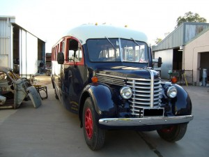 1946 Diamond-T Bus Aus