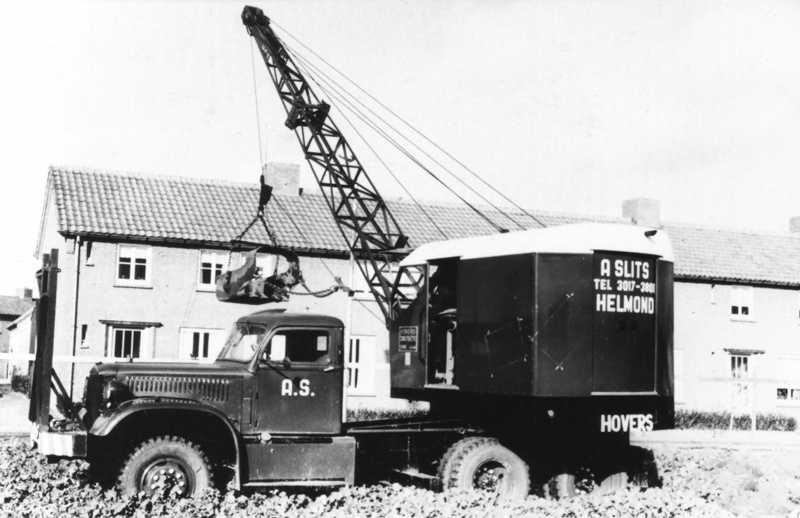 1946 Diamond T ..