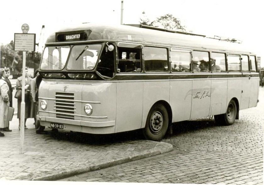 1951 ESA 111 DAF Domburg ex GEVU