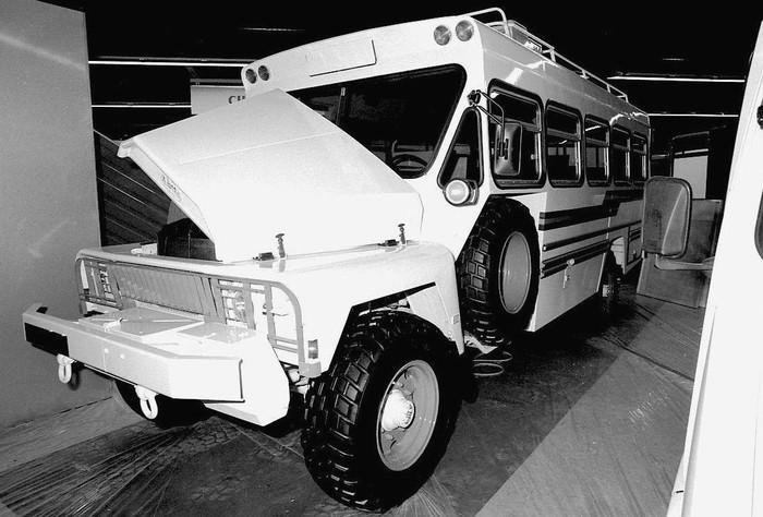 1973 Desoto Himilayanschoolbus 700