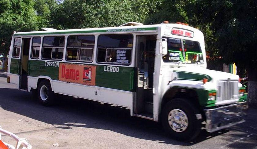 Bussen DINA S-500 bus avec CAPRE valides