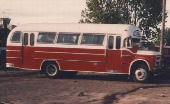 condor carrozadas sobre chasis Chevrolet C-50