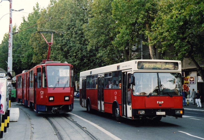 FAP naast Tram