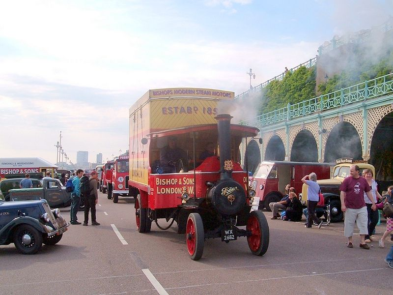 003 Foden_5_ton_steam_lorry_registration_WX_2682
