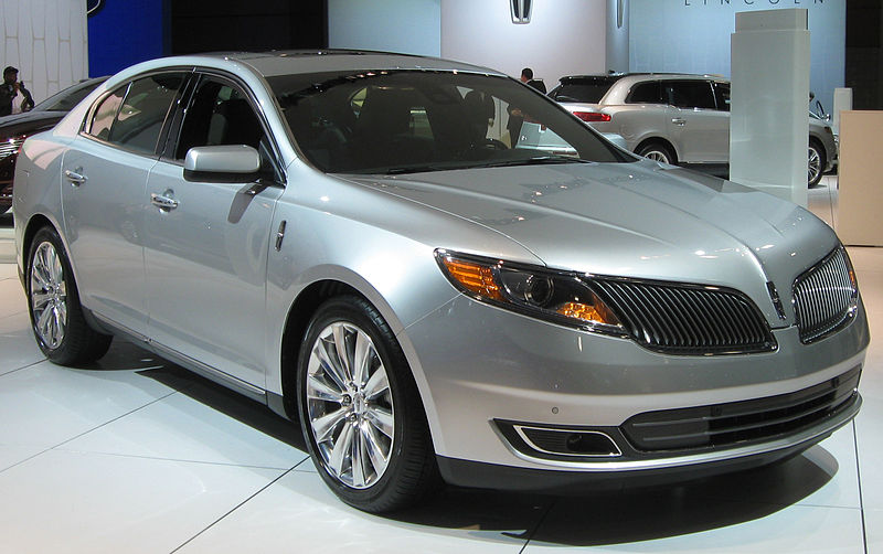 058 2013_Lincoln_MKS_--_2012_DC