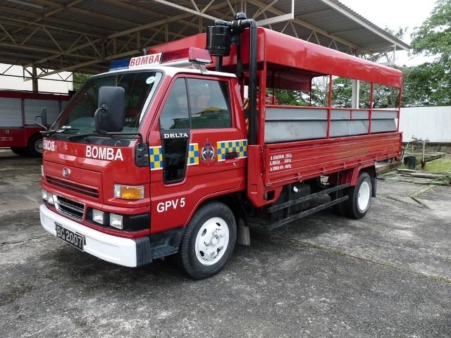 09c Daihatsu Delta GPV5
