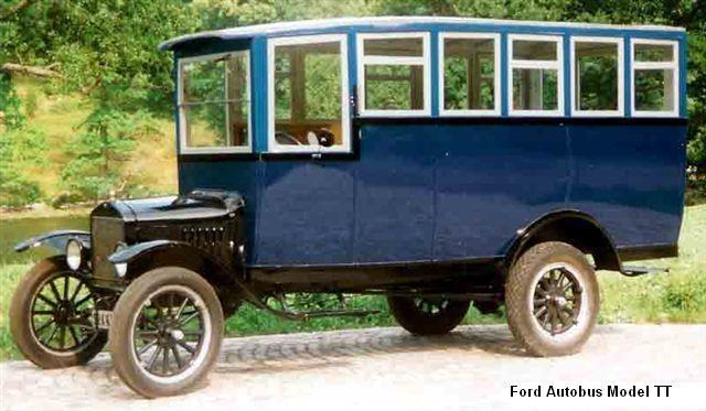 1917 Ford Autobus Model TT