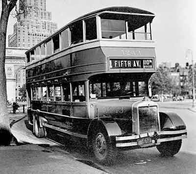 1930 Yellow Coach Fifth Ave 03