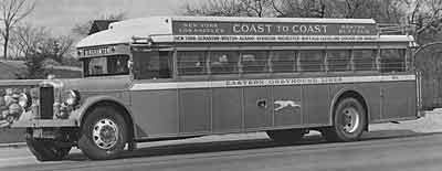 1930 Yellow Coach Z-250 1