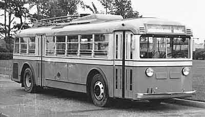 1933 Yellow Coach 36 pas