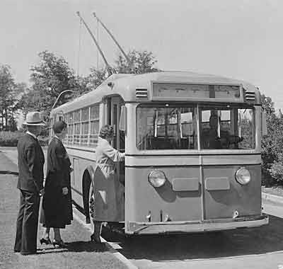 1933 Yellow Coach 36 pas3