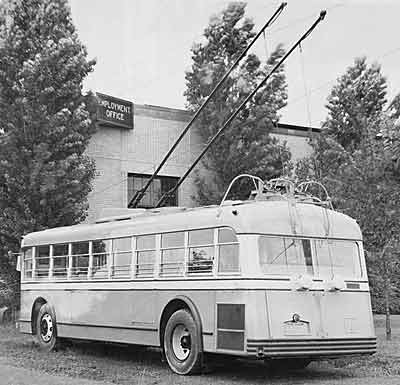 1933 Yellow Coach 36 pas4