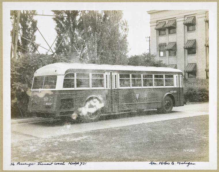 1936 GMC 36 Passenger Transit Coach. Model 731 - exterior view