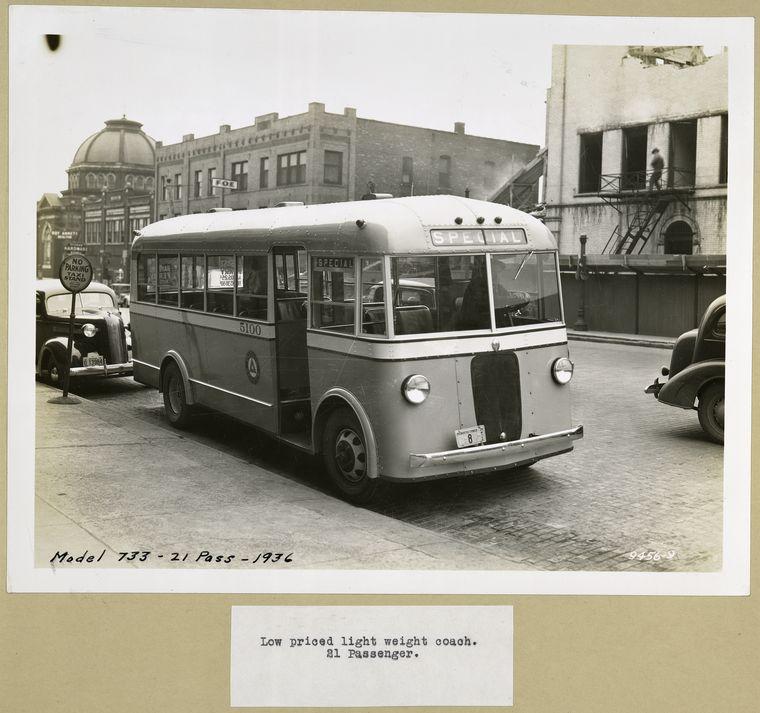 1936 GMC Model 733 - 21 Passenger -  Low priced light weight co.