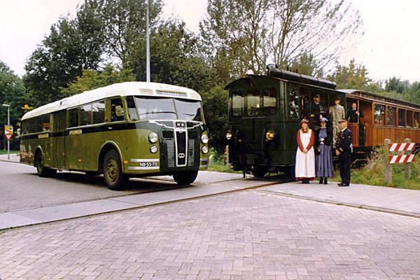 24 1947 1108 HK1997 GTM 1 Deze bus is in 1947 opgebouwd bij de firma De Schelde in Dordrecht, op een chassis van Crossley Motors uit Manchester