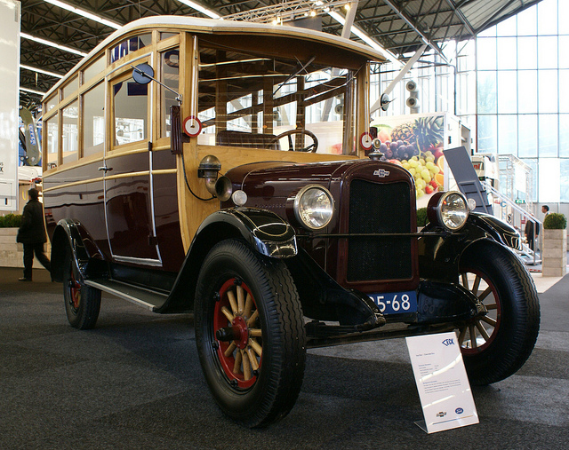 1923 Chevrolet Hainje Bus
