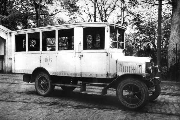 1924 Hansa-Lloyd mit 18 Sitzplätzen