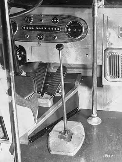 1938 Yellow Coach 728 01
