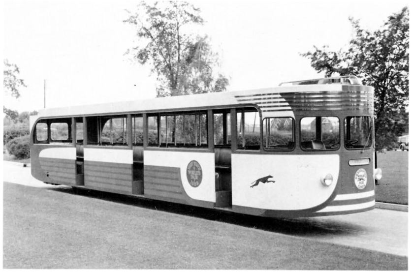 1939 Yellow Coach Model 1207 World Fair