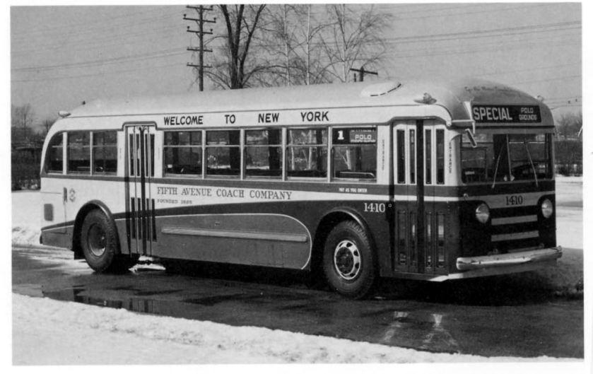 1939 Yellow Coach Model 740