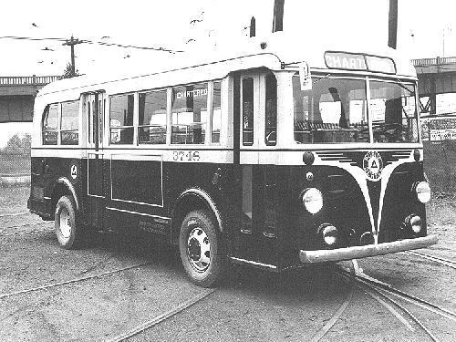 1940 GM 'Yellow Coach' Model TD 2401