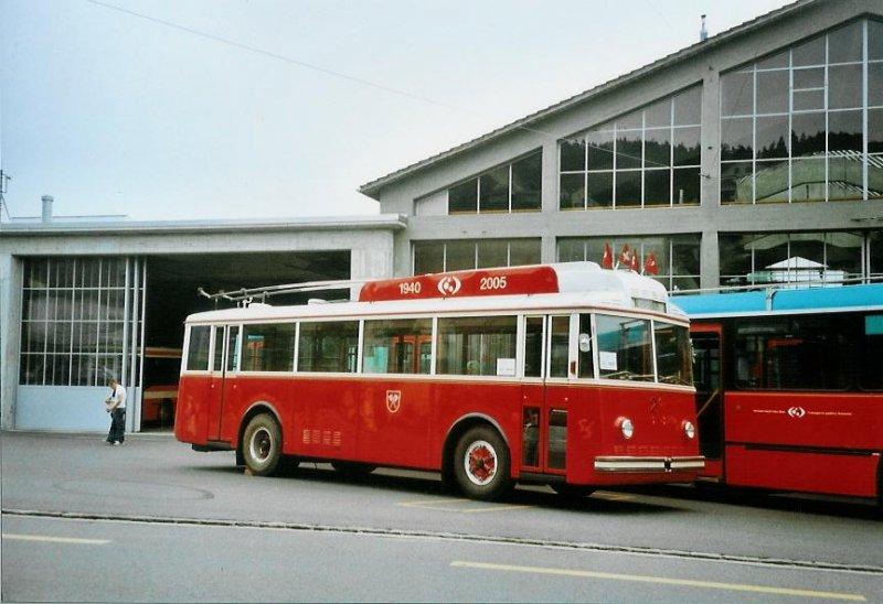 1940 VB Biel Nr. 21 Berna Hess Trolleybus