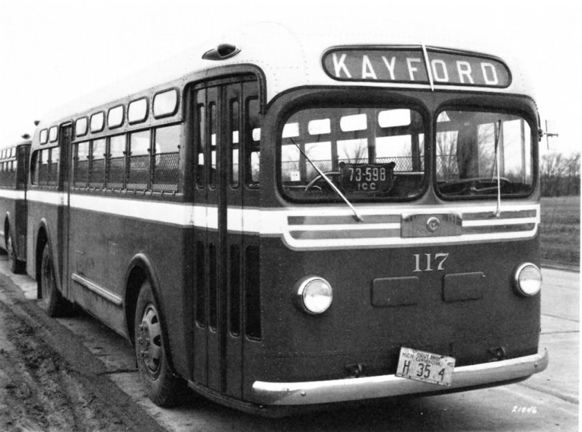 1940 Yellow Coach Model TD 3201