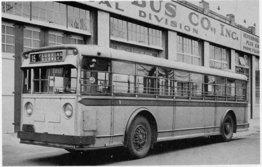 1940 YELLOW COACH Type '40' Model 704