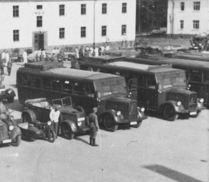 1946 Back Krupp bus, 2 Blitz, unkn, Front 2 Horch 830 R, Einheits pkw & 3 Hansa-Llyod Merkur buses