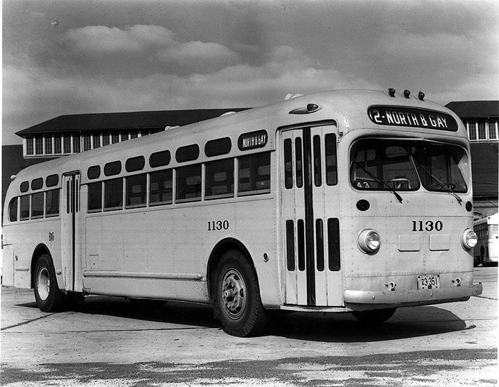 1946 GM Model TD 4506