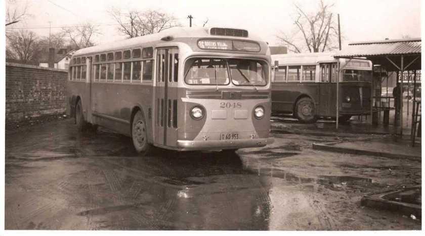 1948 GM TDH 4507
