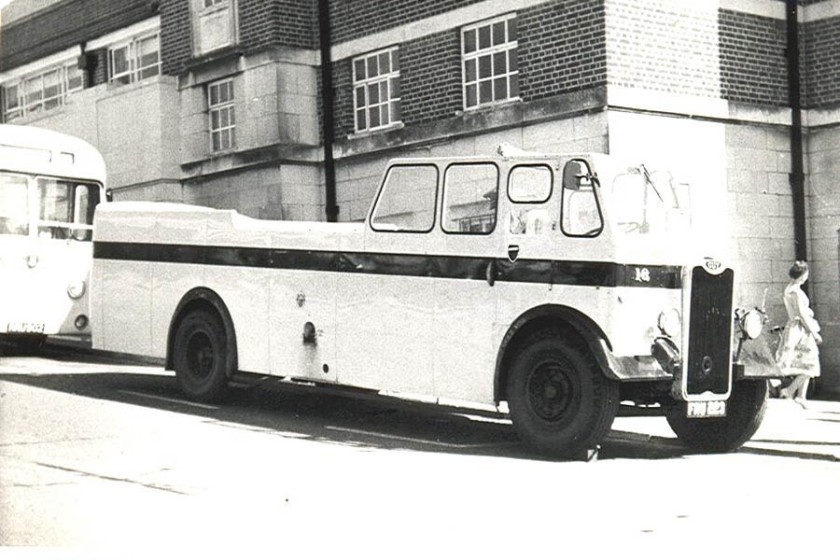 1948 Guy Arab 16