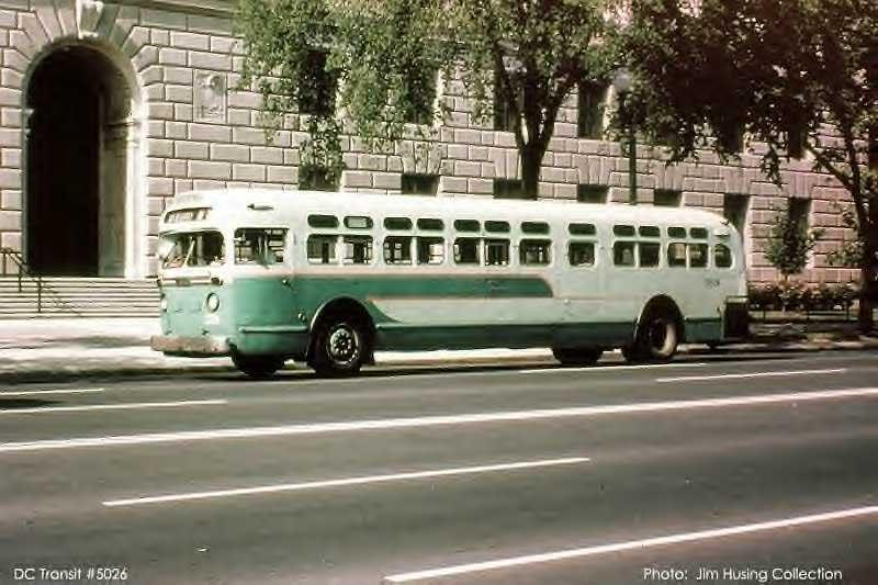 1952 GM Model TDH 5104