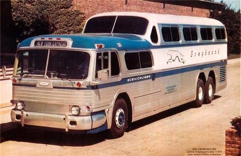 1952 GM PD-4501 Greyhound C675