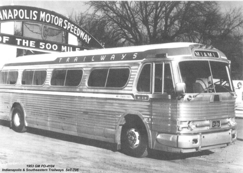 1953 GM PD-4104