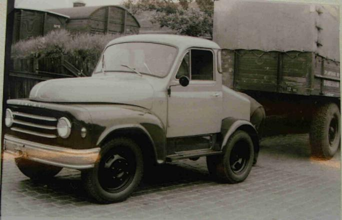1954 Hanomag Kurier DE enser002