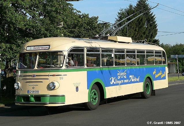 1954 Henschel-ÜH-IIIs-O-Linienbus-SWS-59-beige-St-gruen