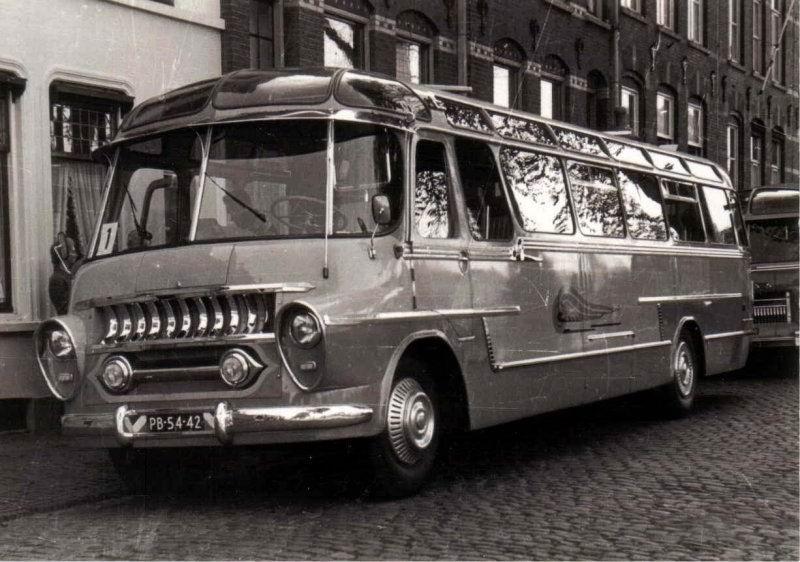 1955 DAF carr. Groenewold Walhof 12