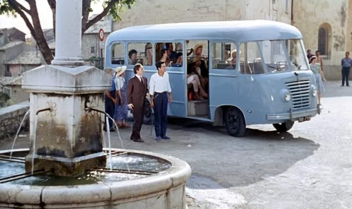 1955 Renault 2,5T Heuliez Rubustacier