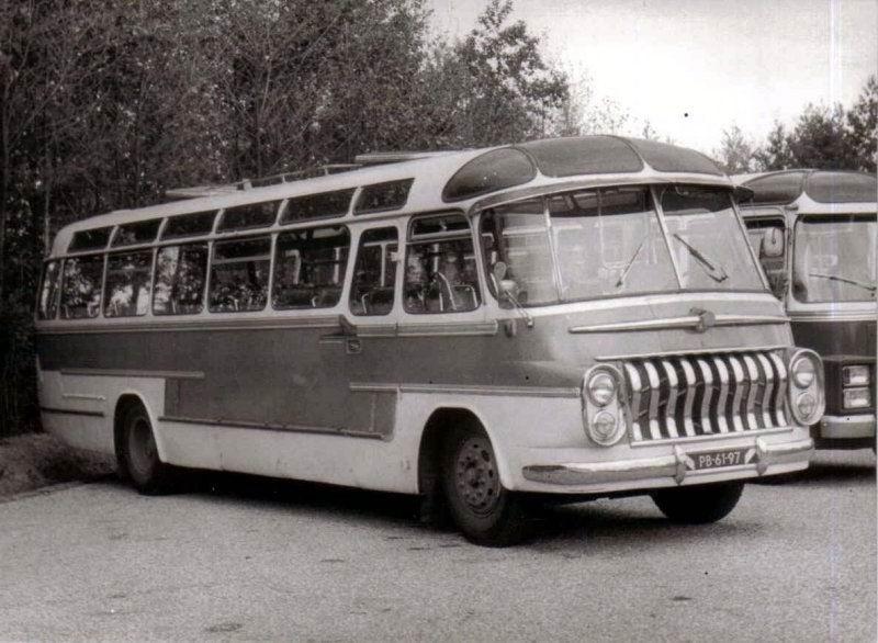 1955 Volvo carr. Groenewold MC de Jong nr 1
