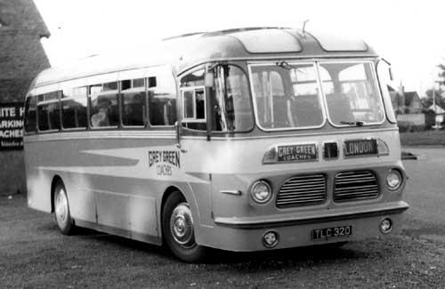 1956 Bedford Harrington Wayfarer Mk 4 tlc320
