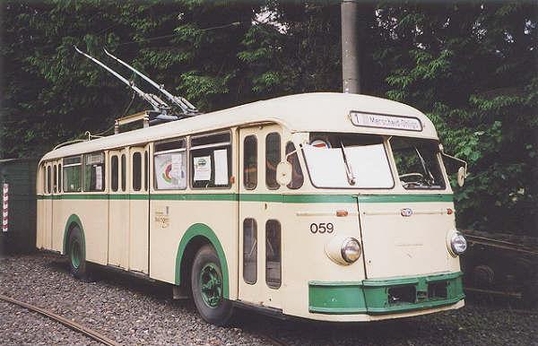 1956 Henschel-UEH-IIIs-O-Linienbus-SWS-059