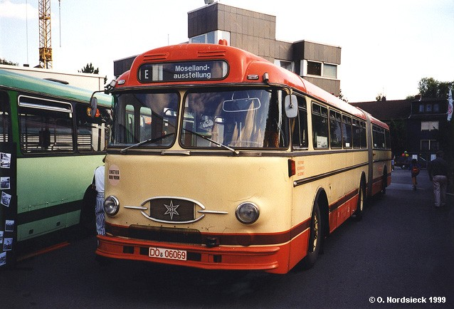1957 Henschel HS 160 USL-G Gelenkbus ex Stadtwerke Trier SWT