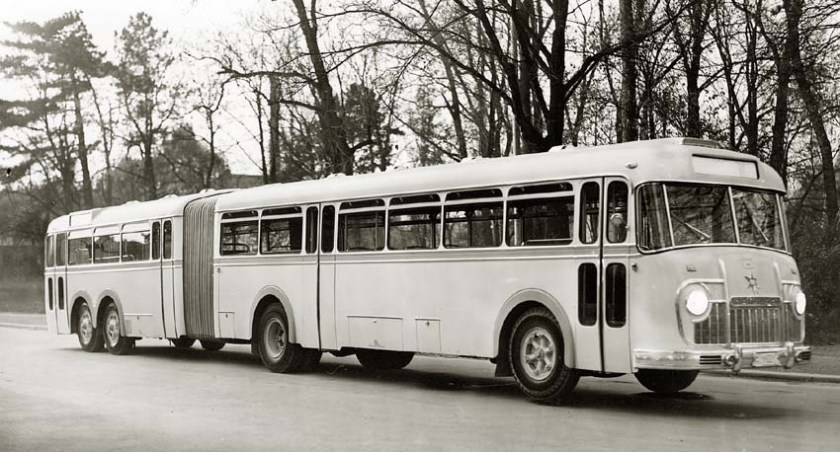 1958 Henschel Gelenkbus