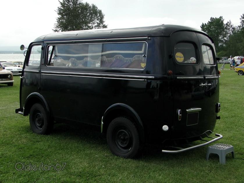 1959 Peugeot D4A corbillard