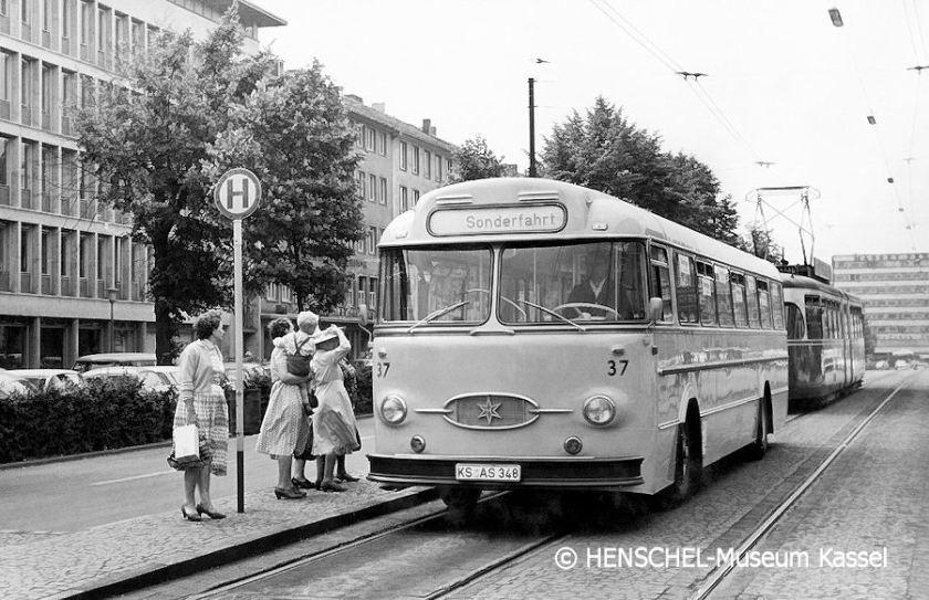 1960 KVG-Bus37 smp HENSCHEL-Museum