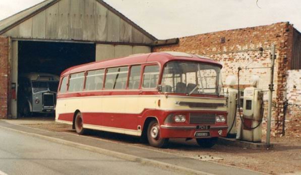 1965 Bedford SB5 91392 Harrington Crusader III pcn6thornesf