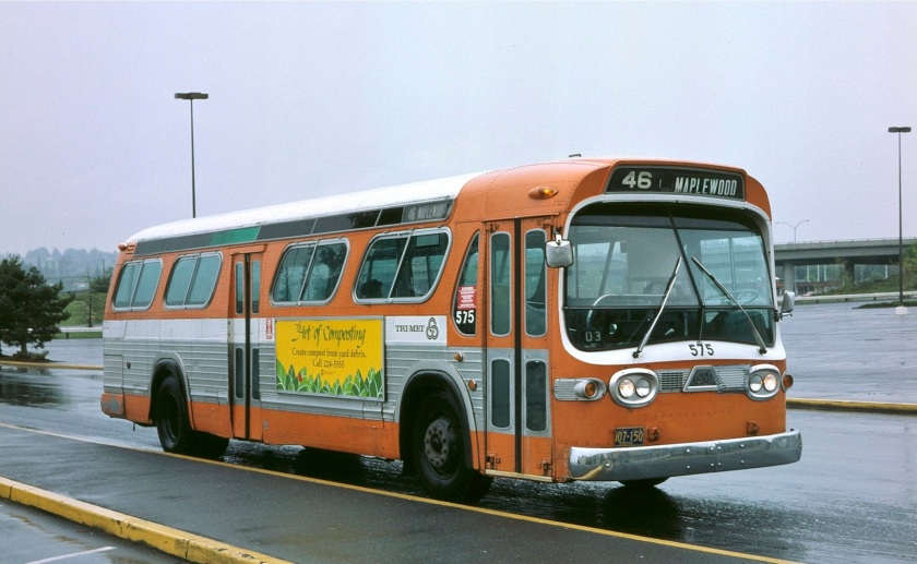 Ex-Rose City Transit bus 575 r113f24b