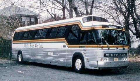 1967 GM PD 4905 WhiteBus 626